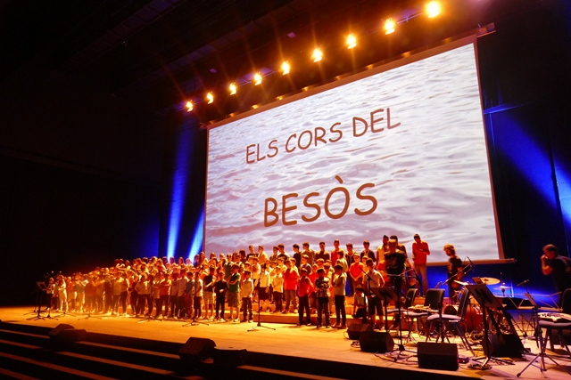 Concierto coral infantil en el Auditorio del CCIB