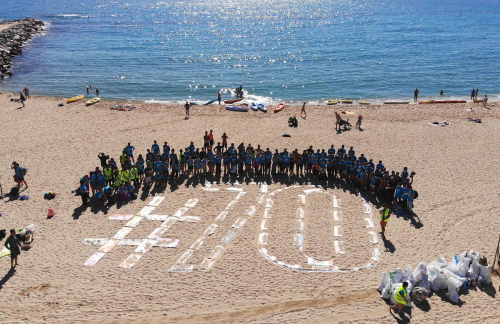565 kilos de residuo recogidos y 200 voluntarios en la tercera jornada de limpieza del fondo marino