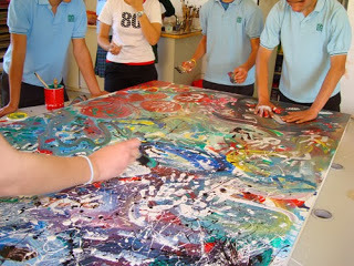 Creación del mural Som Solidaris realizado en el Hotel Hilton Diagonal Mar