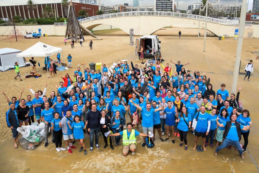 Corresponsables – Diagonal Mar promueve la limpieza del fondo marino en dos playas de Barcelona