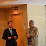 Enrique Aranda Director del Hotel Hilton Diagonal Mar con Iñaki Segurado de Trinijove